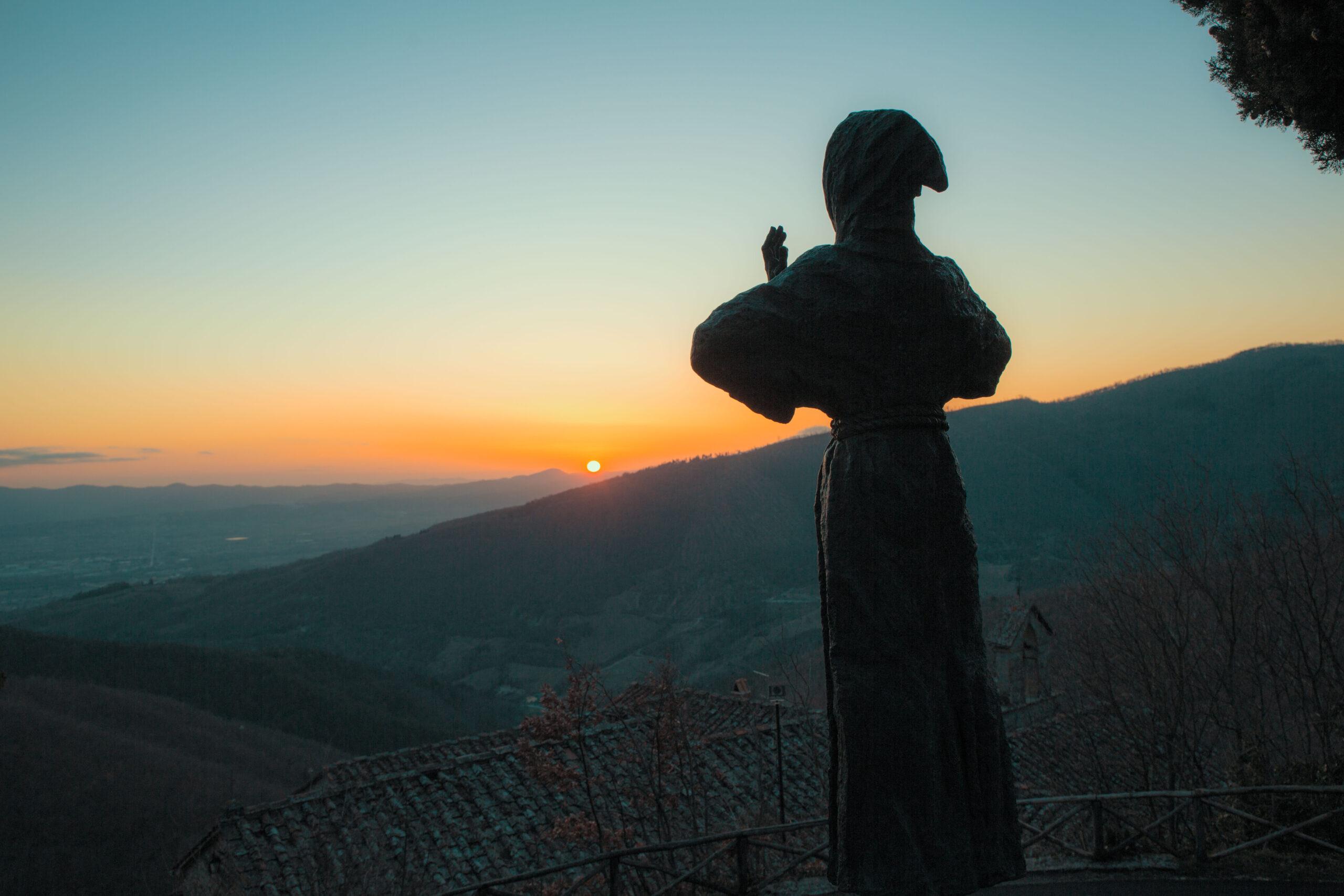 Statua di San Francesco a Montecasale di Sansepolcro Arezzo Toscana